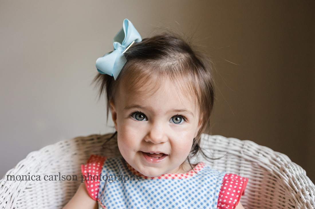 portrait of a blue eyed girl by monica carlson photography